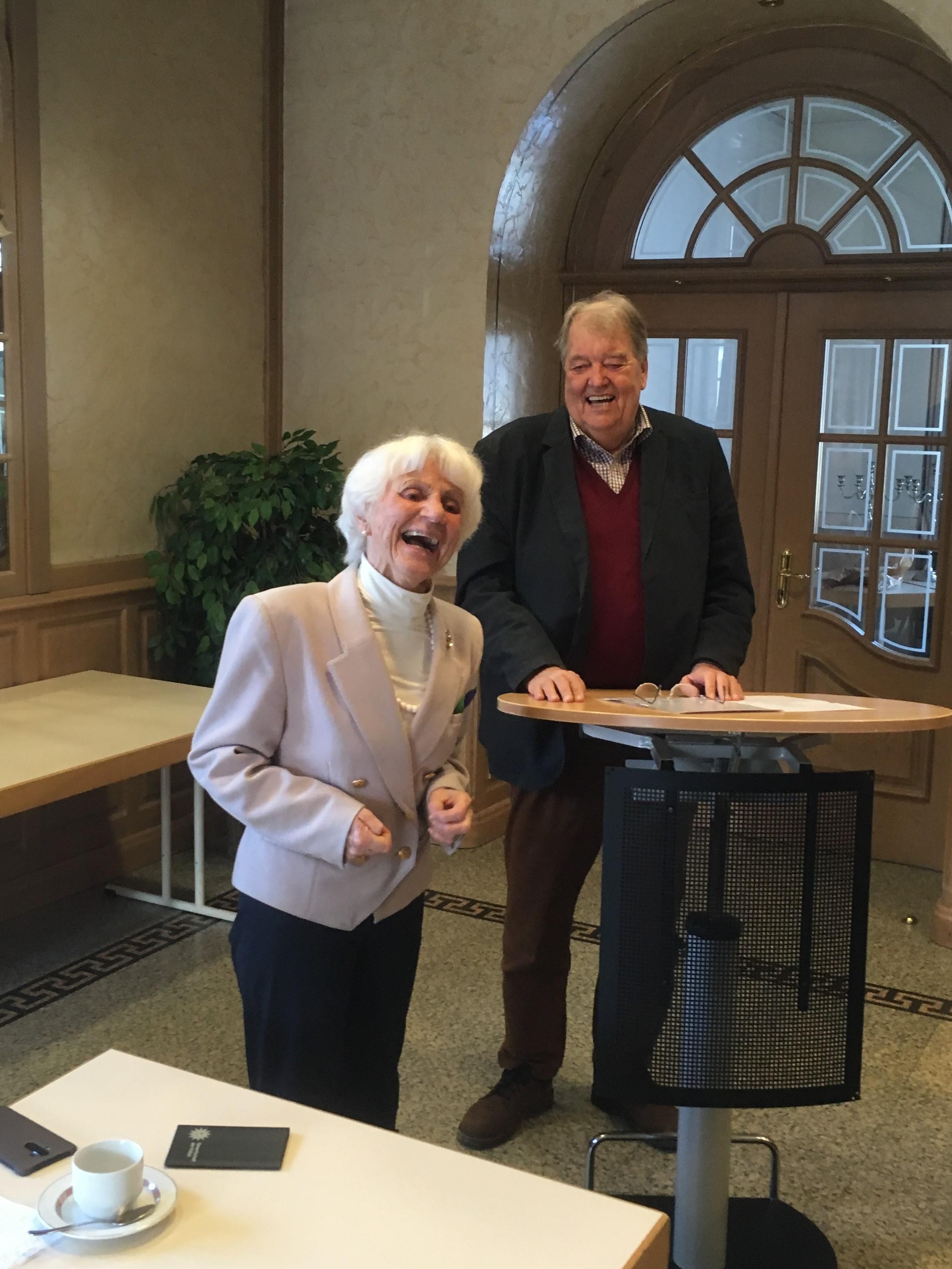 Senioren Unions Kreisvorsitzende Wilma Ohly und Bezirksvorsitzender Eberhard Bauerdick
